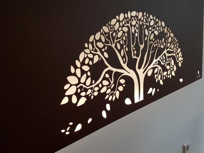 Wandleuchte mit Lebensbaum von Lichtzeit